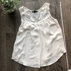 AE Outfitters Flowy top with lace XS